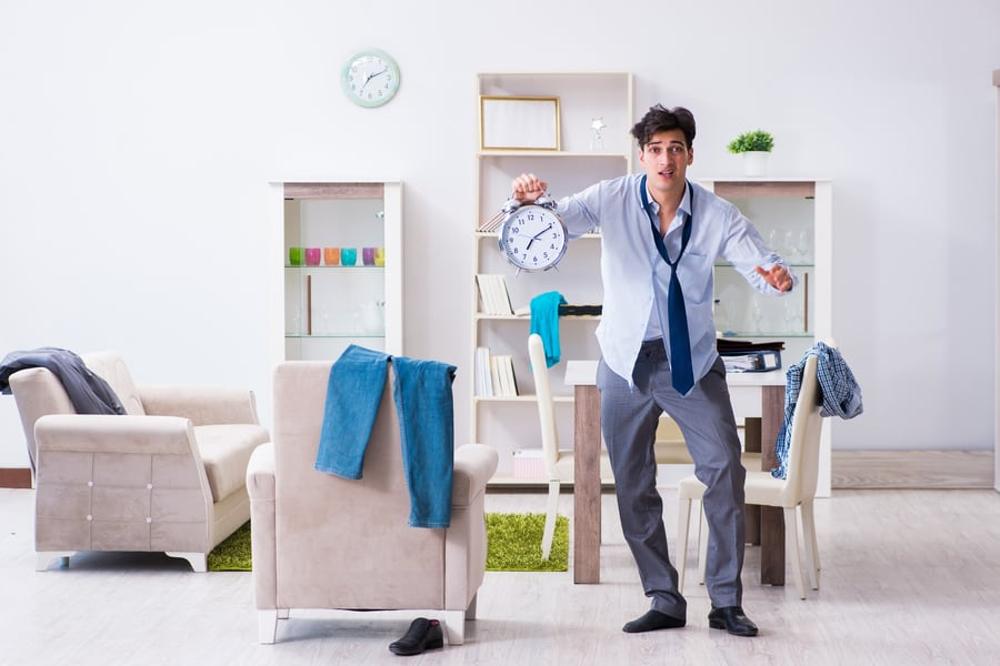 How to Handle Employees who are Always Late image