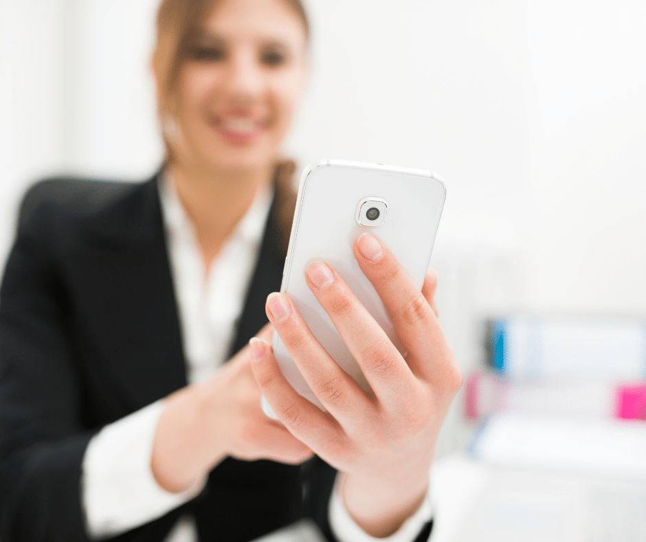 Mobile Recruitment– What it is and why you Should be Doing it image